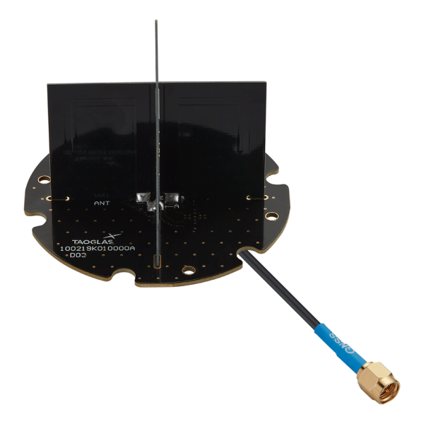 EAHP.50 - Embedded Cross Dipole Active Multiband GNSS Antenna with Excellent out-of-band rejection 1